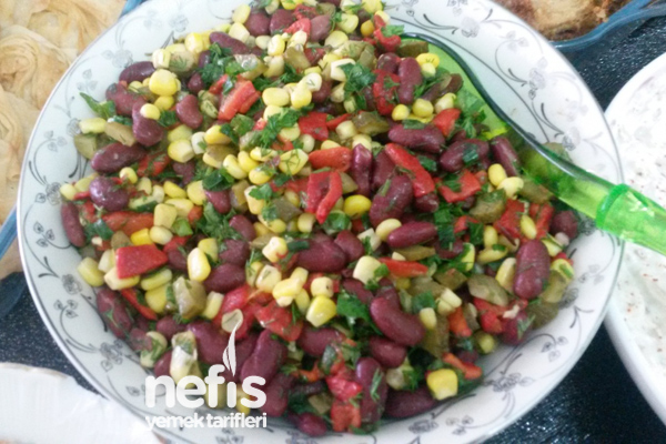 Meksika Fasulyesi Salatası Tarifi