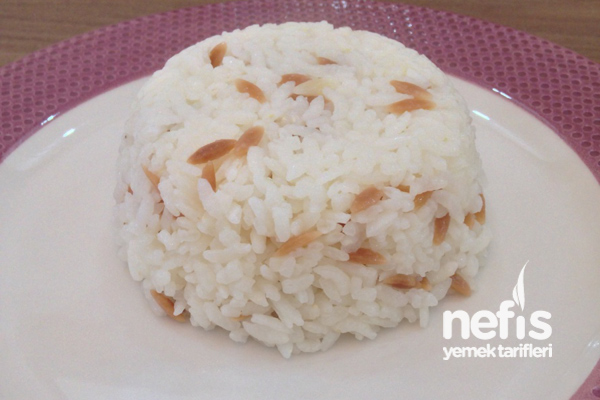 Püf Noktalarıyla Pirinç Pilavı Tarifi