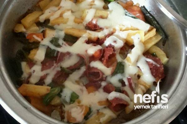 Patates ve Biberli Kaşarlı Sucuk (Pazar Kahvaltısı İçin)