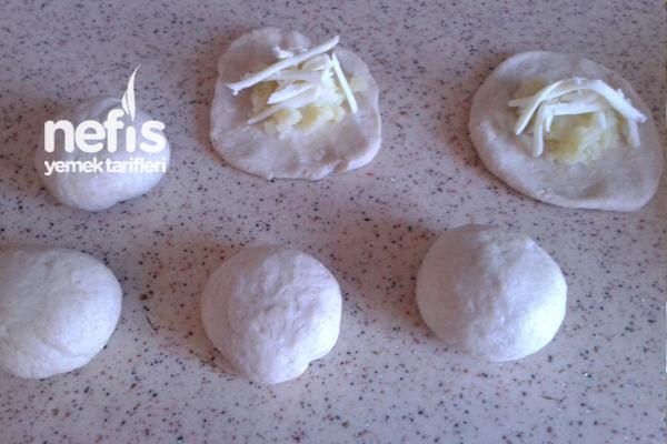 Kaşar Peynirli Patatesli Poğaçalar 1