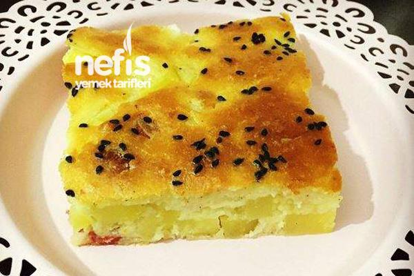 Yufkasız Patatesli Börek Tarifi