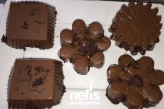 Çikolatalı Kalıp Kekler Tarifi
