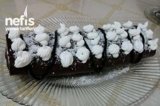 Bayat Keklerden Rulo Pasta Tarifi