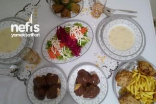 Uyumsuz Ama En Sevdiklerimizden Oluşan Bir Akşam Yemeği :)) Tarifi