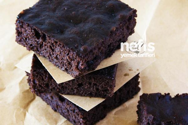 Browni Tadında Islak Kek Nasıl Yapılır?
