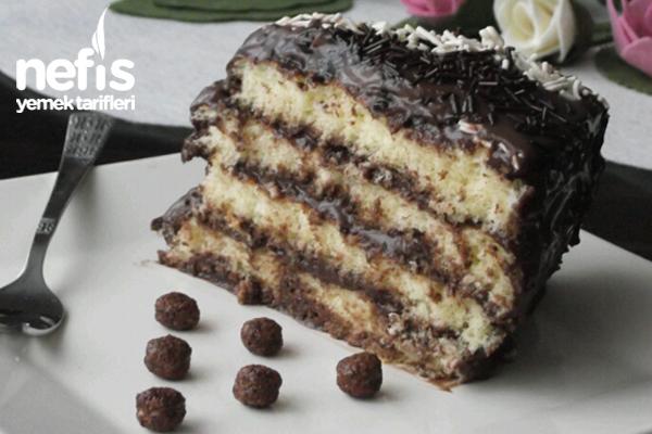 Çikolatalı Baton Pasta Yapımı Tarifi