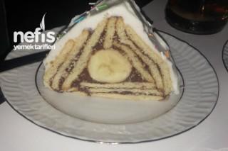 Süpriz Piramit Tarifi
