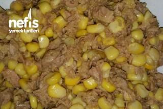 Mısırlı Ton Balığı Salatası Tarifi
