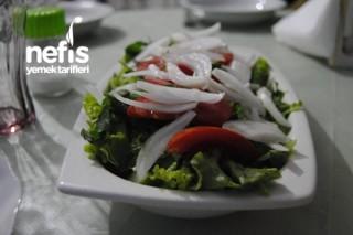 Soğanlı Mangal Salatası Tarifi