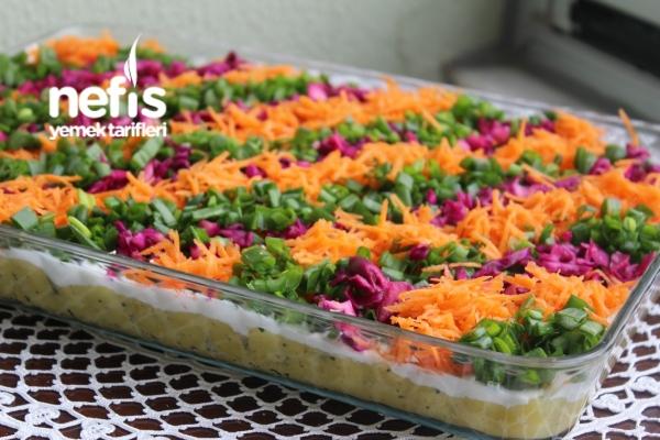 Gökkuşağı Patates Salatası