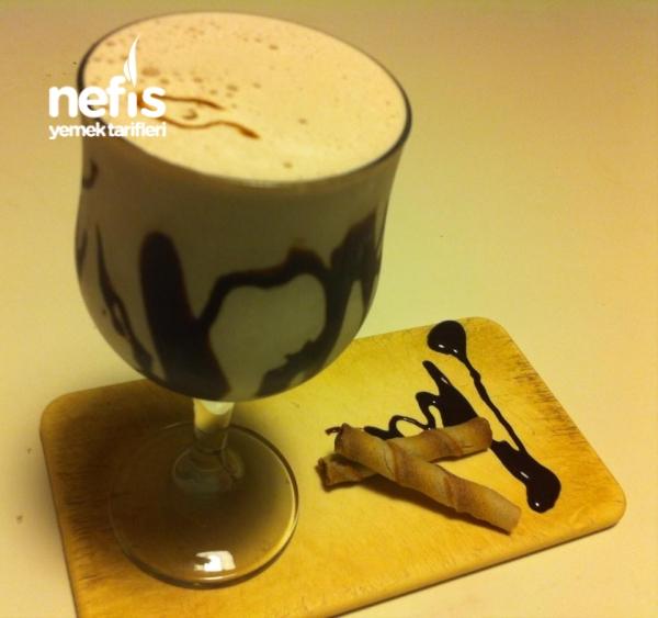Muzlu Çikolatalı Milkshake