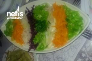 Mevsim Salatası Yapımı Tarifi