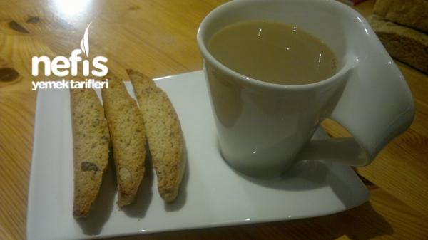 Cantuccini (italyan Kurabiyesi)