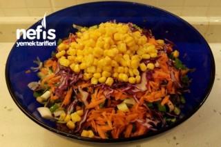 Karışık Salata ( Balık Yanı ) Tarifi