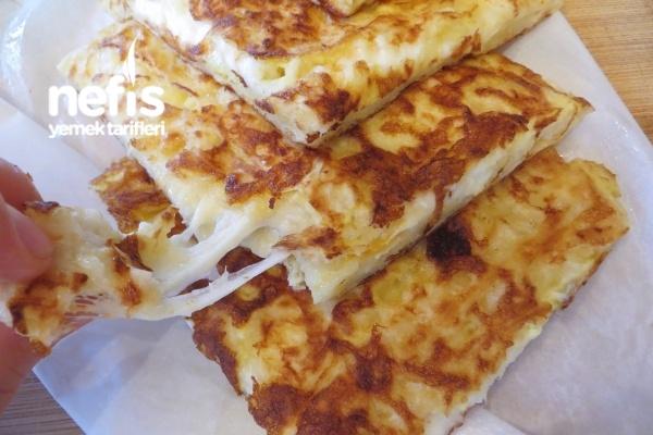 Tavada Peynirli Yumurtali Gozleme