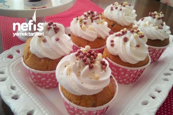 Nefis Cupcake Yapımı Tarifi