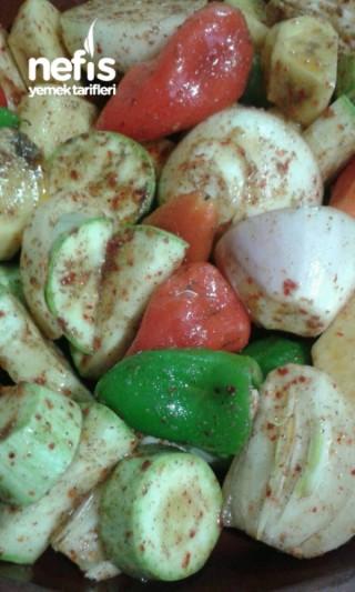 Güveçte Etsiz Sebze Kebabı