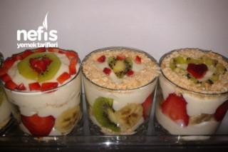 Bardakta Meyveli Tavuk Göğsü Tarifi