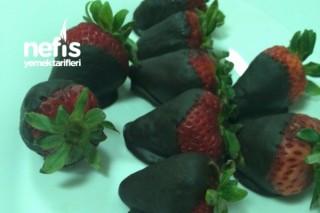 Çikolataya Batırılmış Çilekler Tarifi