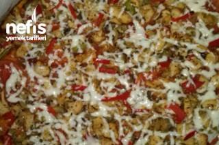Nefis Mantarlı Tavuklu Pizza Tarifi