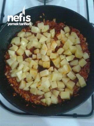 Patatesli Patlıcan Kavurması