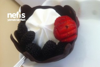 Çikolata Tabağında Dondurma Tarifi