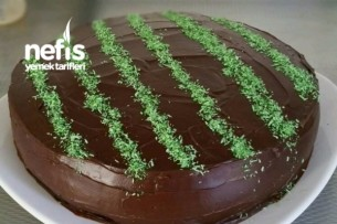 Çikolatalı Ganaj Kaplamalı Pratik Yaş Pasta Tarifi