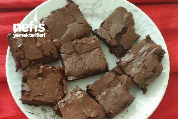 5 Malzeme İle Muhteşem Brownie Tarifi