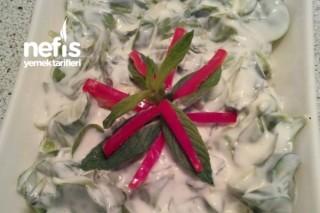 Semizotu Salatası (Yoğurt Ve Mayonezli) Tarifi