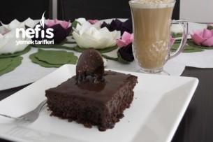 Çikolata Ganajlı Islak Kek Tarifi