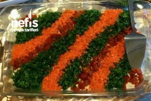 Etimekli Köz Patlıcan Salatası Tarifi