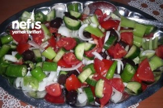 Zeytinli Salata Tarifi