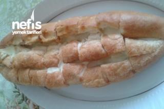 Fırında Kaşarlı Ekmek Tarifi