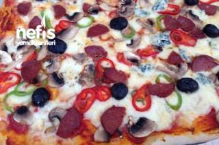 Acil Karışık Pizza