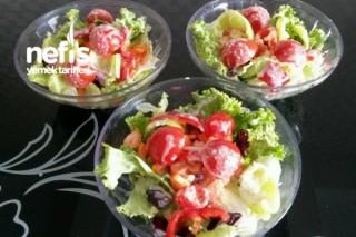 Hardal Dokunuşlu Somon Balığı Ve Salata