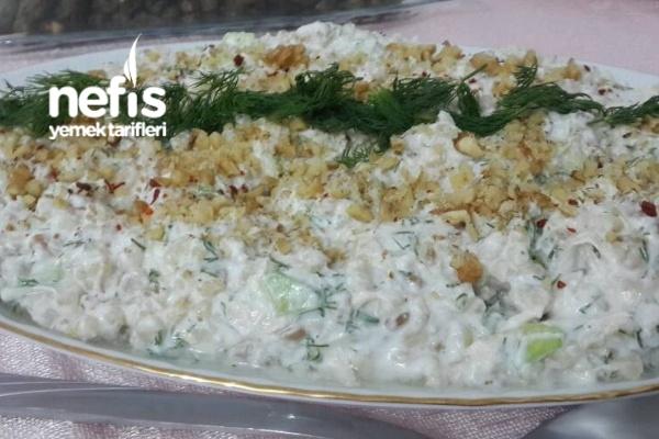 Yoğurtlu Tavuklu Buğday Salatası Tarifi