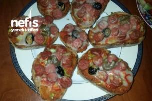 Bayat Ekmek Pizzacıkları Tarifi
