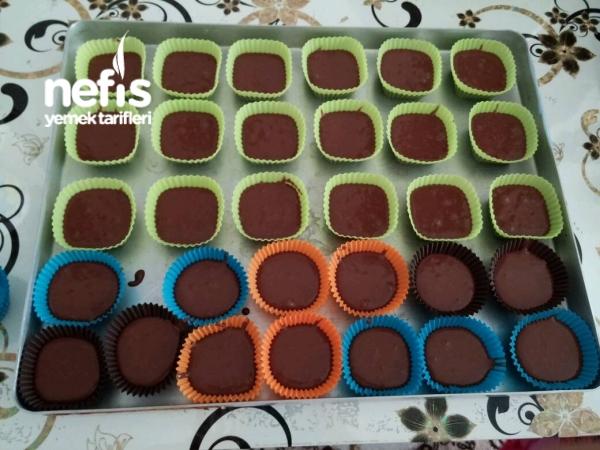Çikolatalı Yumuşacık Cupcakeler
