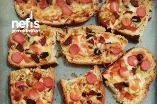 Kahvaltılık Ekmek Pizza Tarifi