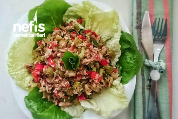 Zeytinli Kerevizli Ton Balığı Salatası