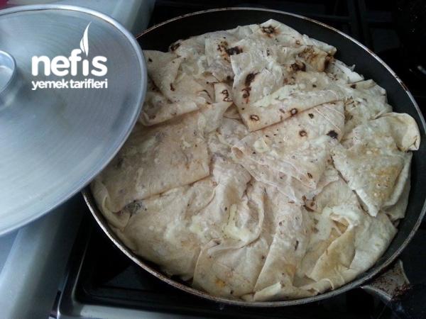 Yufka Ekmek İle Tava Böreği Yapımı