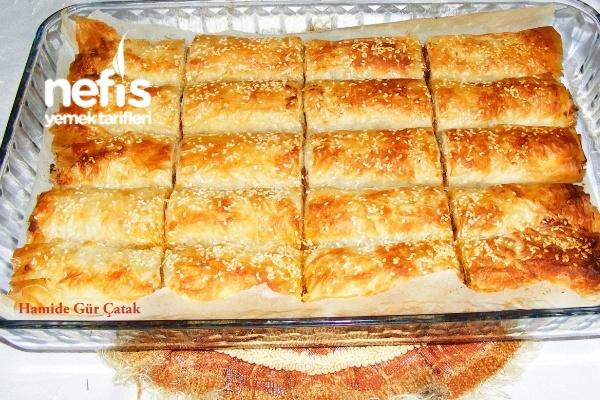 Patlıcanlı Çıtır Börek (Baklavalık Yufkadan) Tarifi