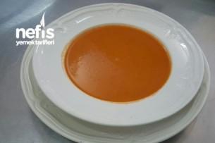 Domates Çorbası (Tam Mevsiminde) Tarifi