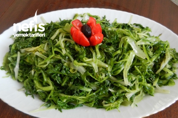 Endivyen Marul Salatası ( Hindibağ -radika ) Tarifi