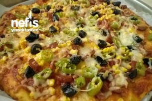 Evde Hazır Pizza Yapımı Tarifi