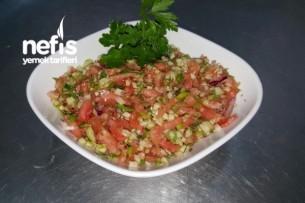 Kaşık Salatası (veya Gavurdağı Salatası)