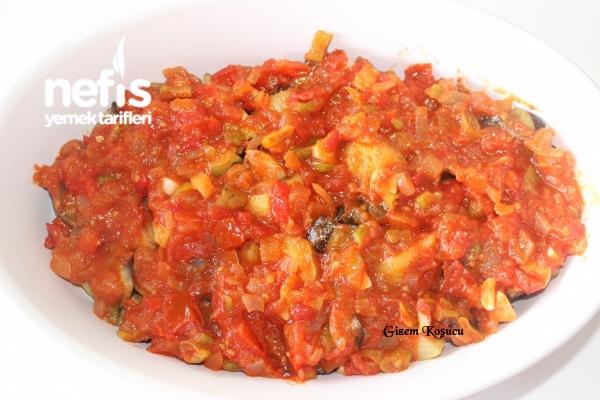Fırında Kaşarlı Patlıcan Yemeği