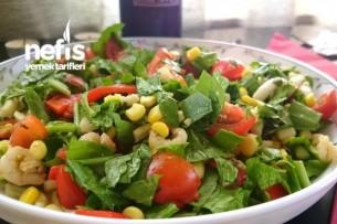 Deniz Ürünleri Salatası Tarifi