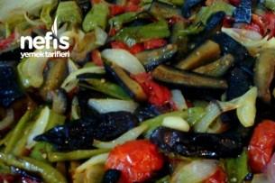 Fırında Etsiz Patlıcan Yemeği Tarifi