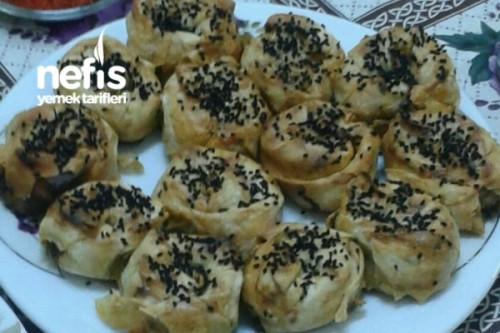 Kymalı Patatesli Gül Böreği Tarifi